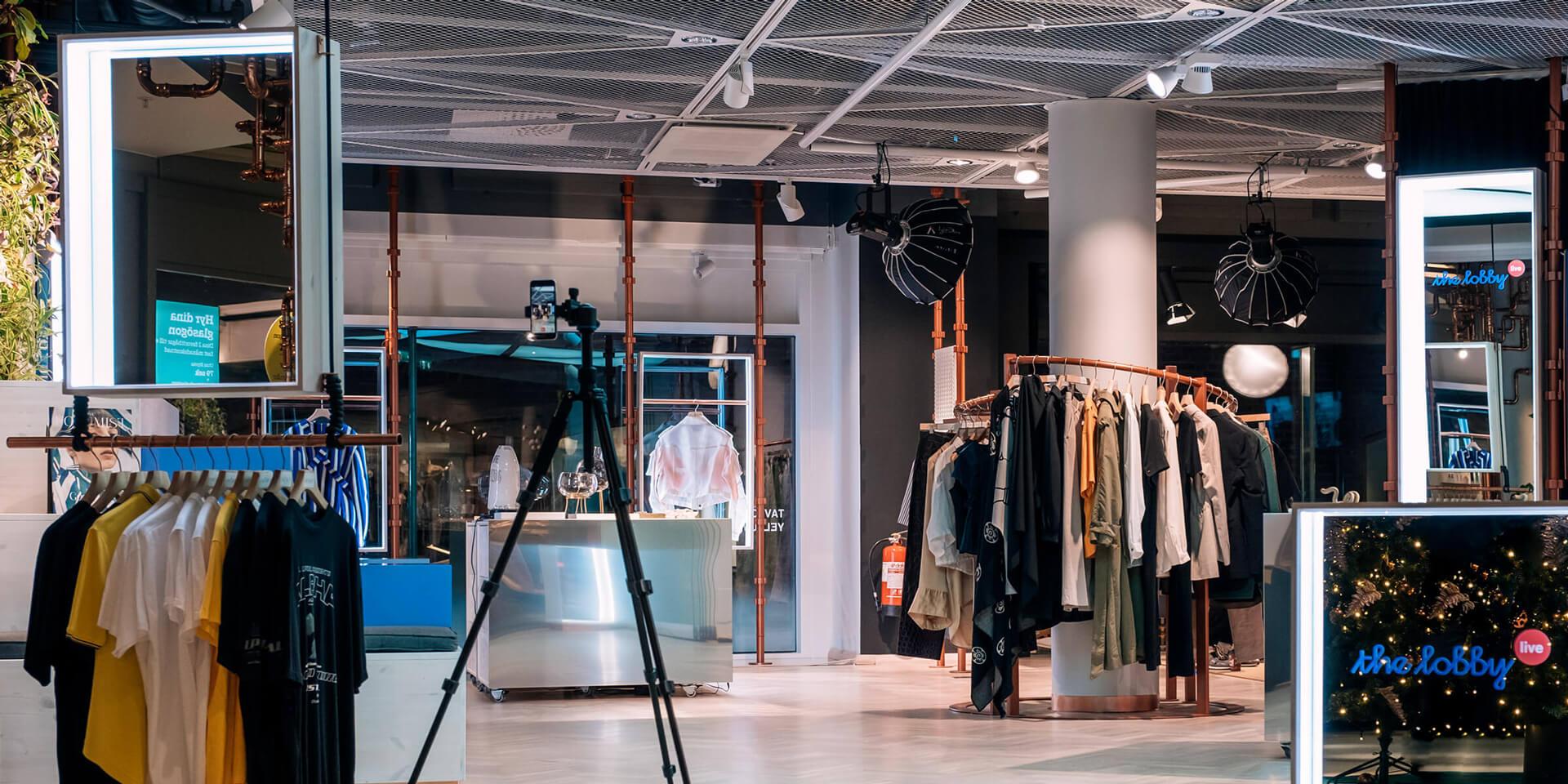 Mall live video shopping - bambuser