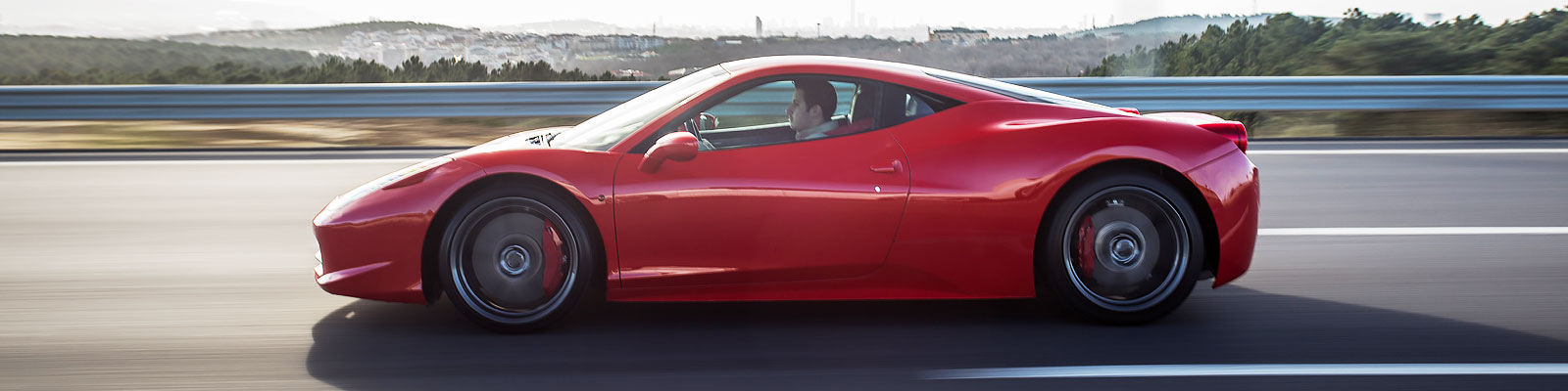 Ferrari Driving Experiences
