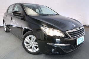2016 Peugeot 308 ACTIVE T9 / 6 Speed Automatic / Hatchback / 1.2L / 3 Cylinder TURBO / Petrol / 4x2 / 5 door / 10