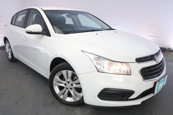 2015 Holden Cruze EQUIPE JH MY14 / 6 Speed Automatic / Hatchback / 1.8L / 4 Cylinder / Petrol / 4x2 / 5 door / Model Year '14 3