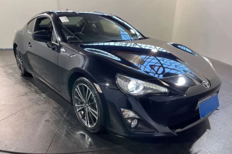 2013 Toyota 86 GTS ZN6 / 6 Speed Auto Sequential / Coupe / 2.0L / 4 Cylinder / Petrol / 4x2 / 2 door / 6