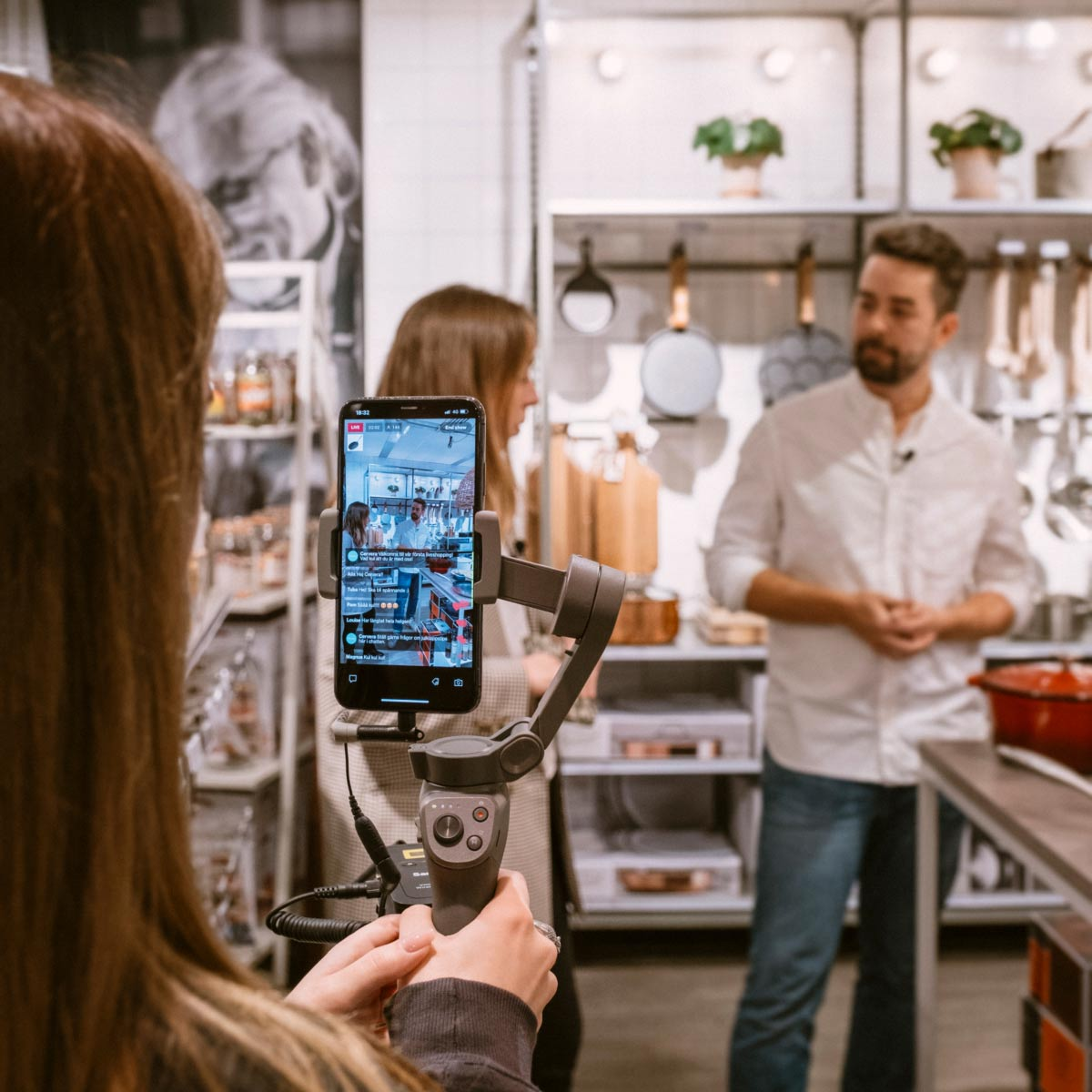 Why local product experts might be the best live video hosts