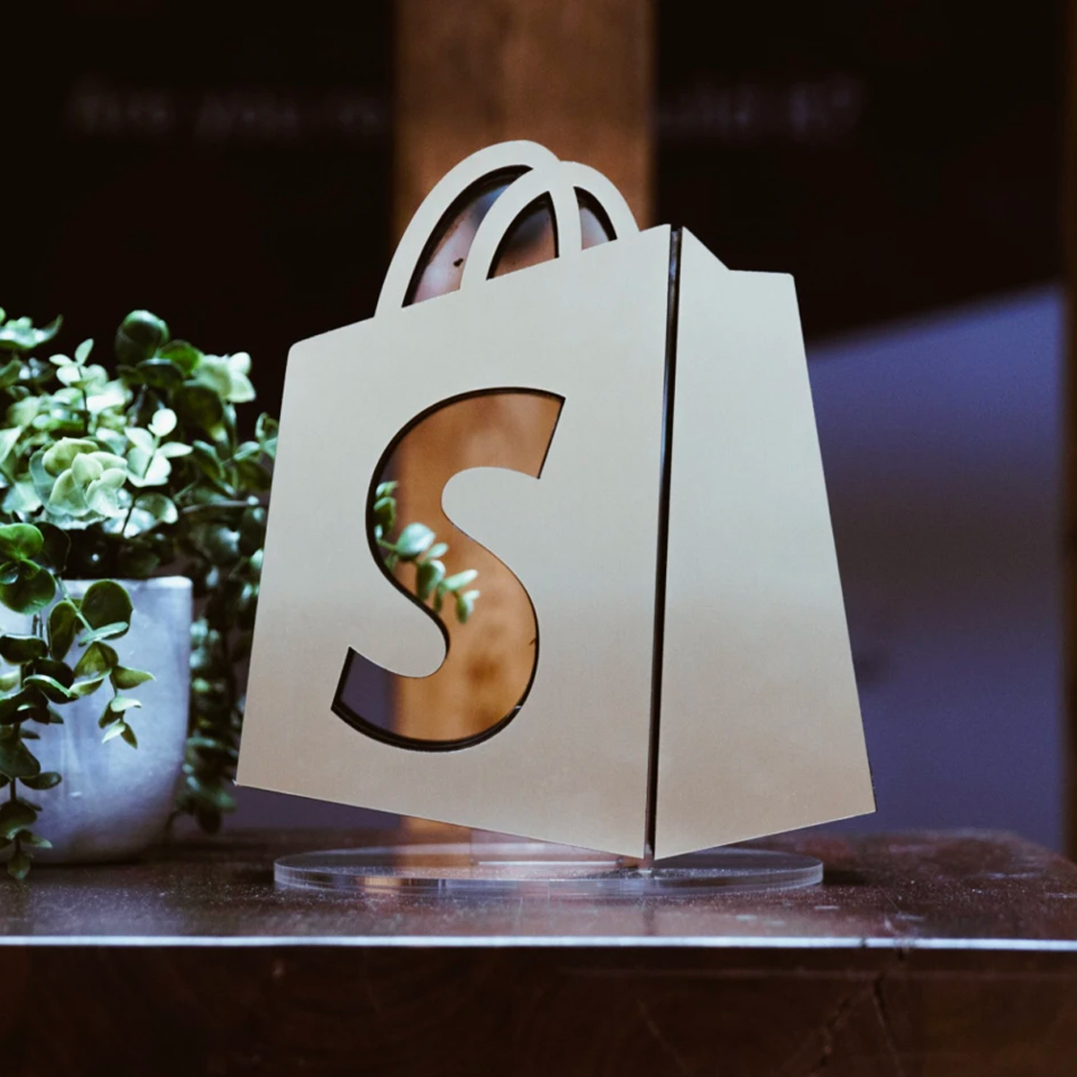 New Bambuser App for Shopify Enables Platform Merchants to Seize the Live Video Shopping Opportunity