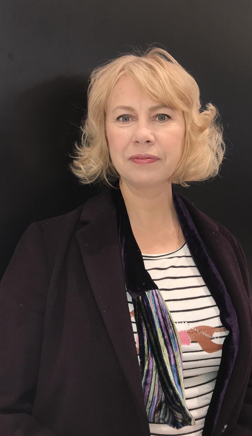 Alina von Davier