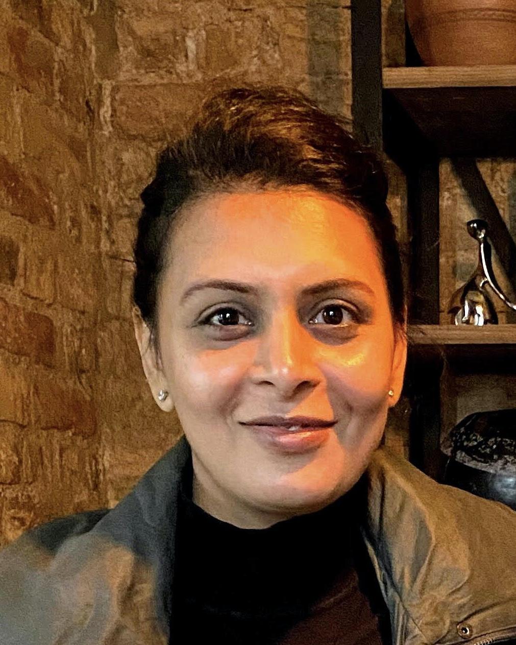 Mona Gandhi