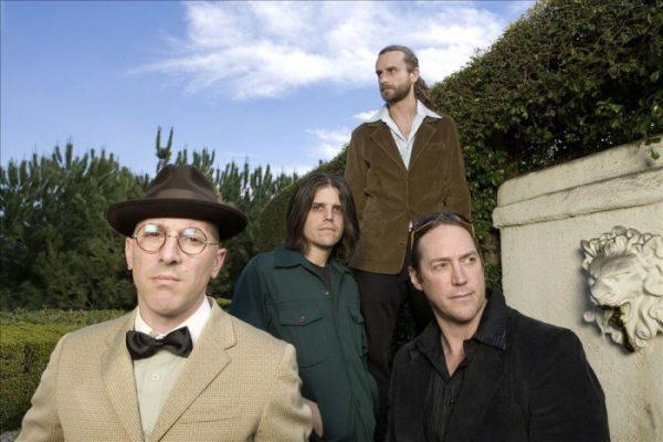 Alt-rock band Tool