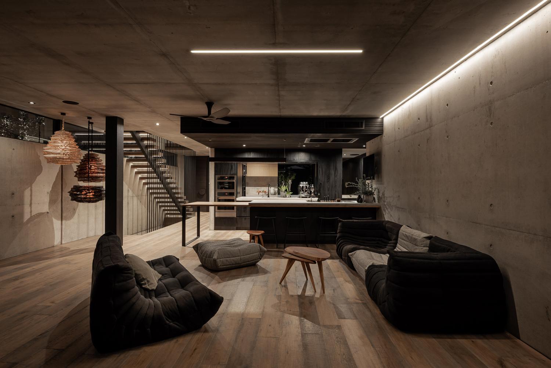 Schweigen rangehood featured in Marcus Browne Architecture