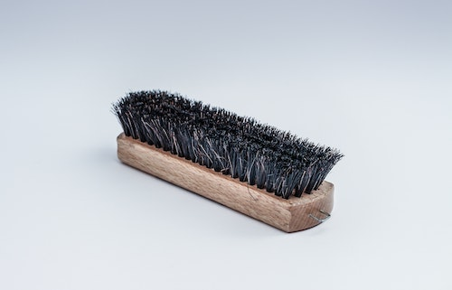 brush scrubber that cleans tile floors