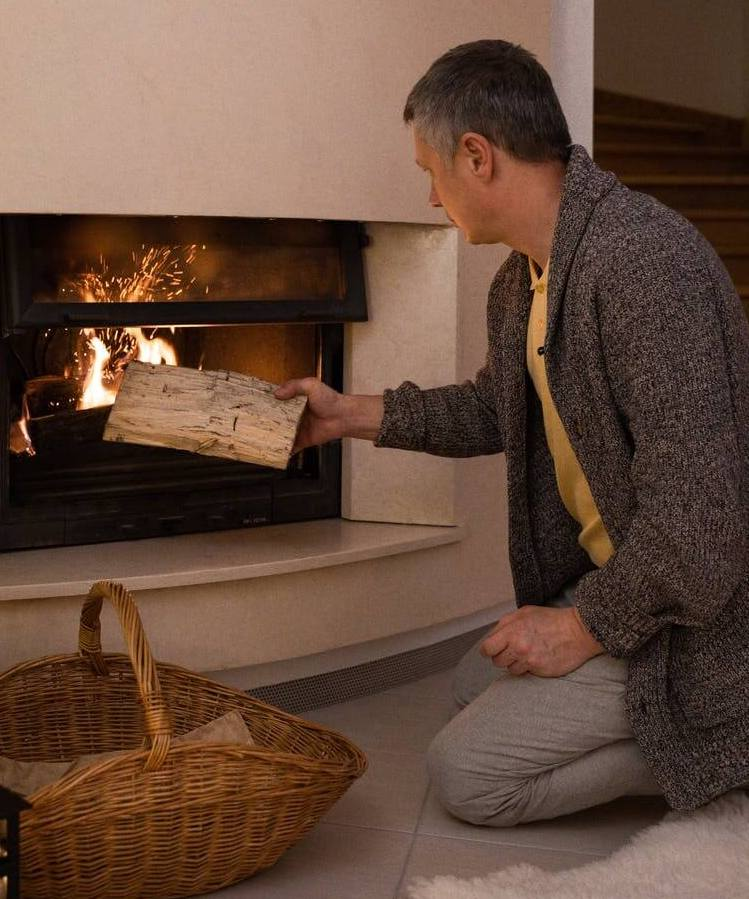 5 Best Ash Vacuums For Fireplaces & Stoves