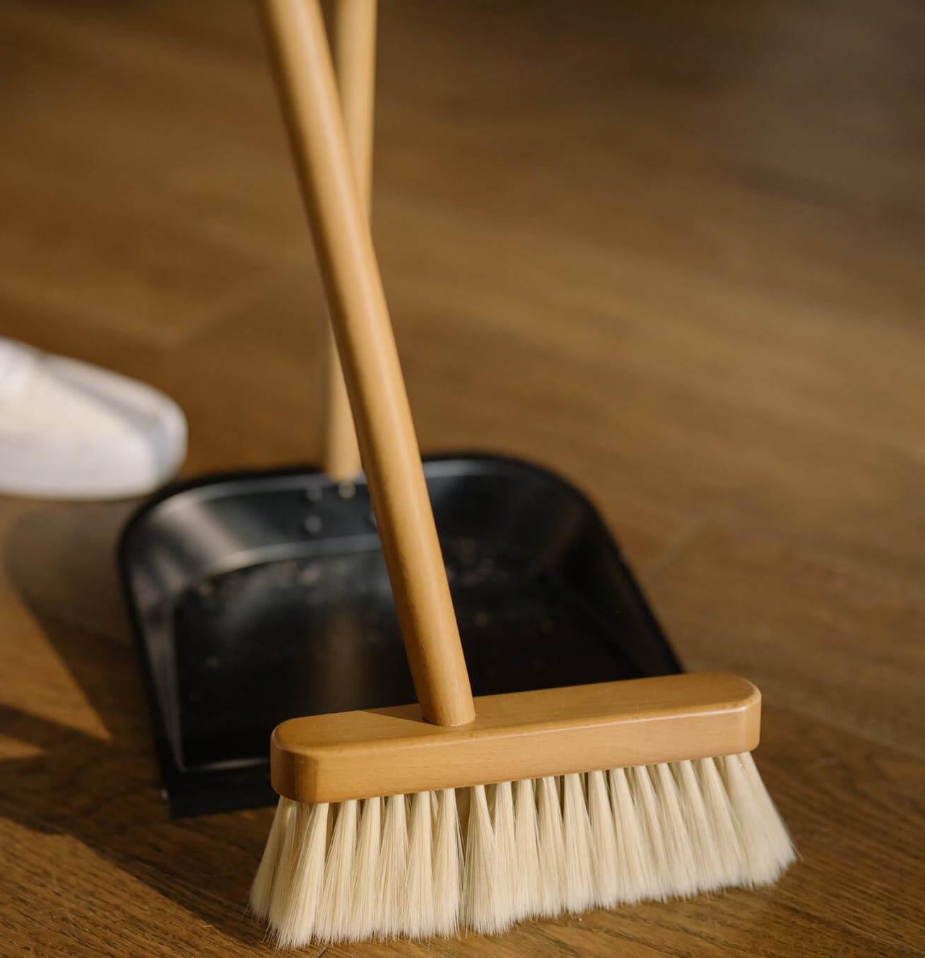 5 Best Electric Vacuum Brooms