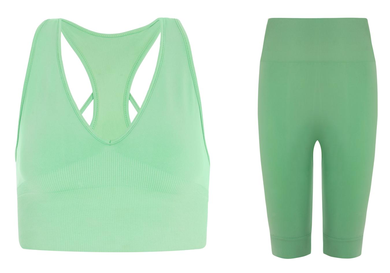 self-isolation-style-lockdown-looks-loungewear-look-good-evveervital-lark-berry-workout-clothes