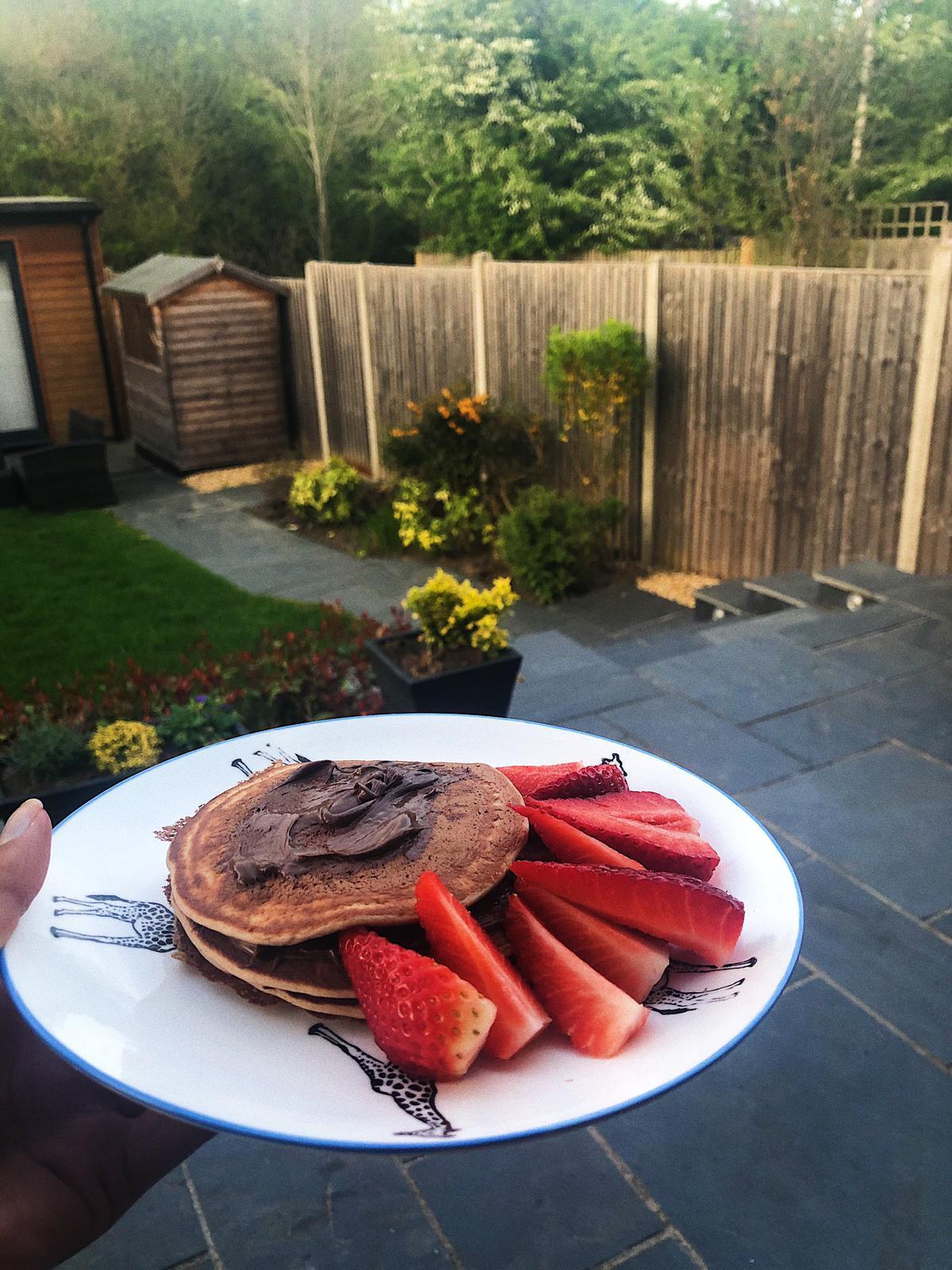 alternatives-eggs-morning-breakfast-vegan-pancakes