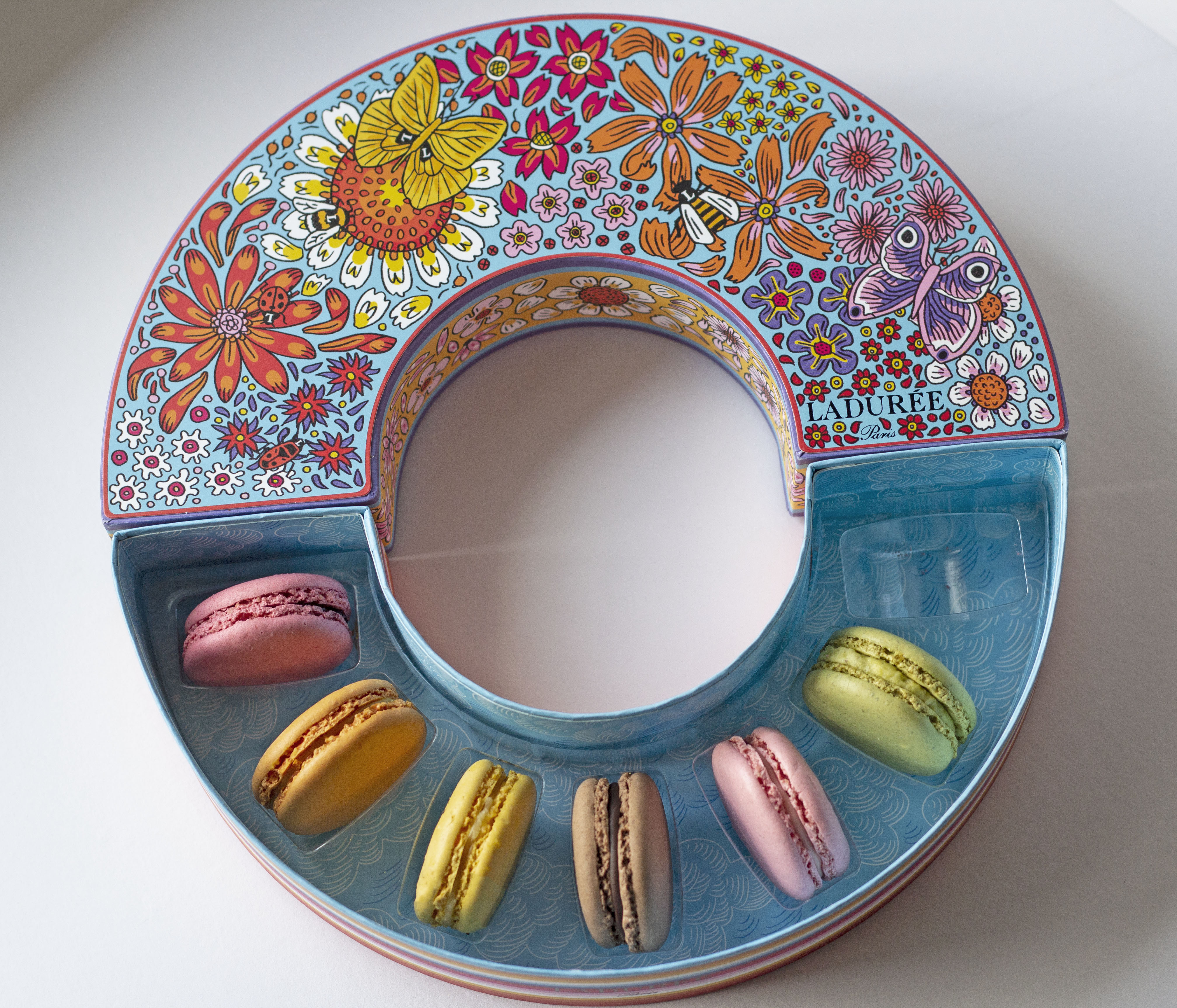 Missing Paris: Ladureé's To-Go Macarons London