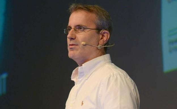 "אריק פיינגולד, מנכ""ל חברת Comm-IT"