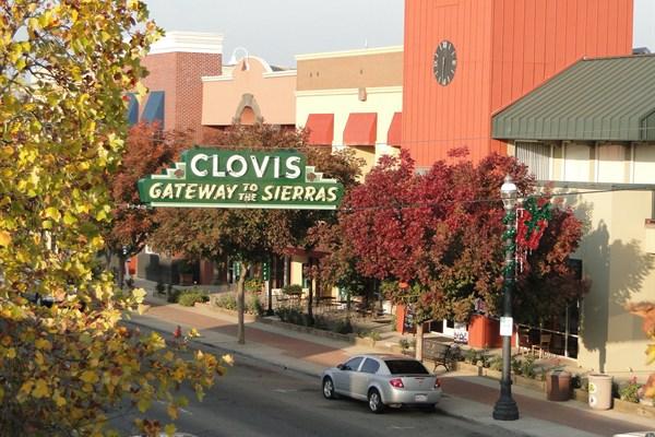 2021 Herndon Avenue Suite 201 Clovis, CA 93611