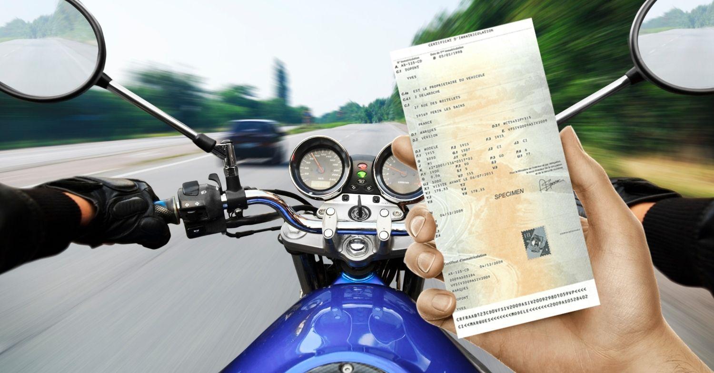 Vendre sa moto : que faire de la carte grise ?