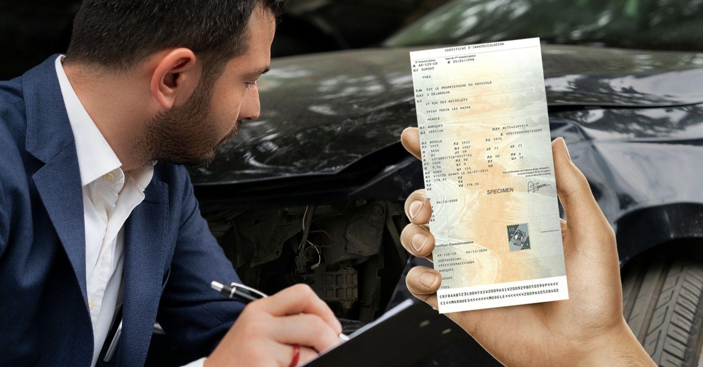 Vente d'un véhicule accidenté avec carte grise