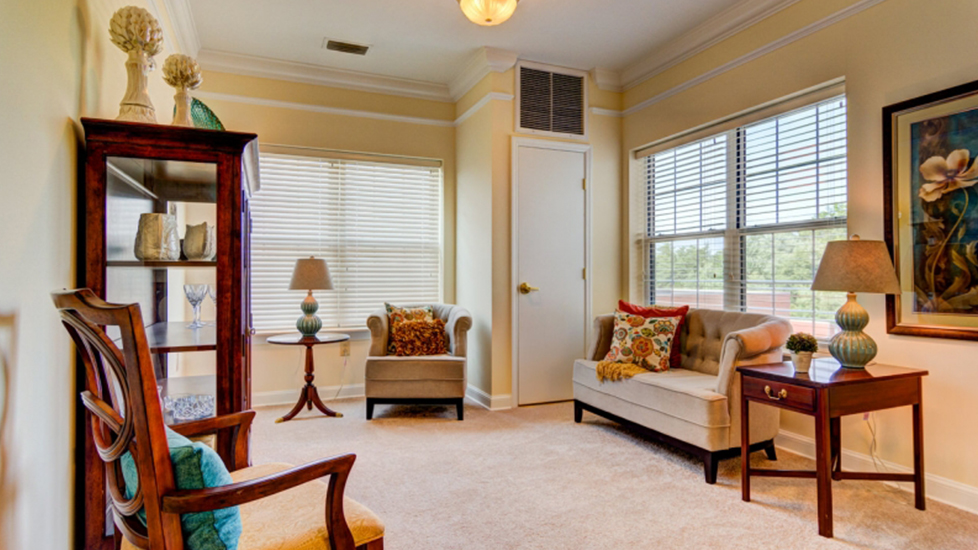 West Falls Center Assistant Living Living Room in Falcons Landing Life Plan Community