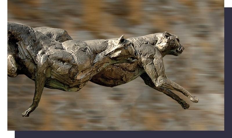 cheetahs-statue