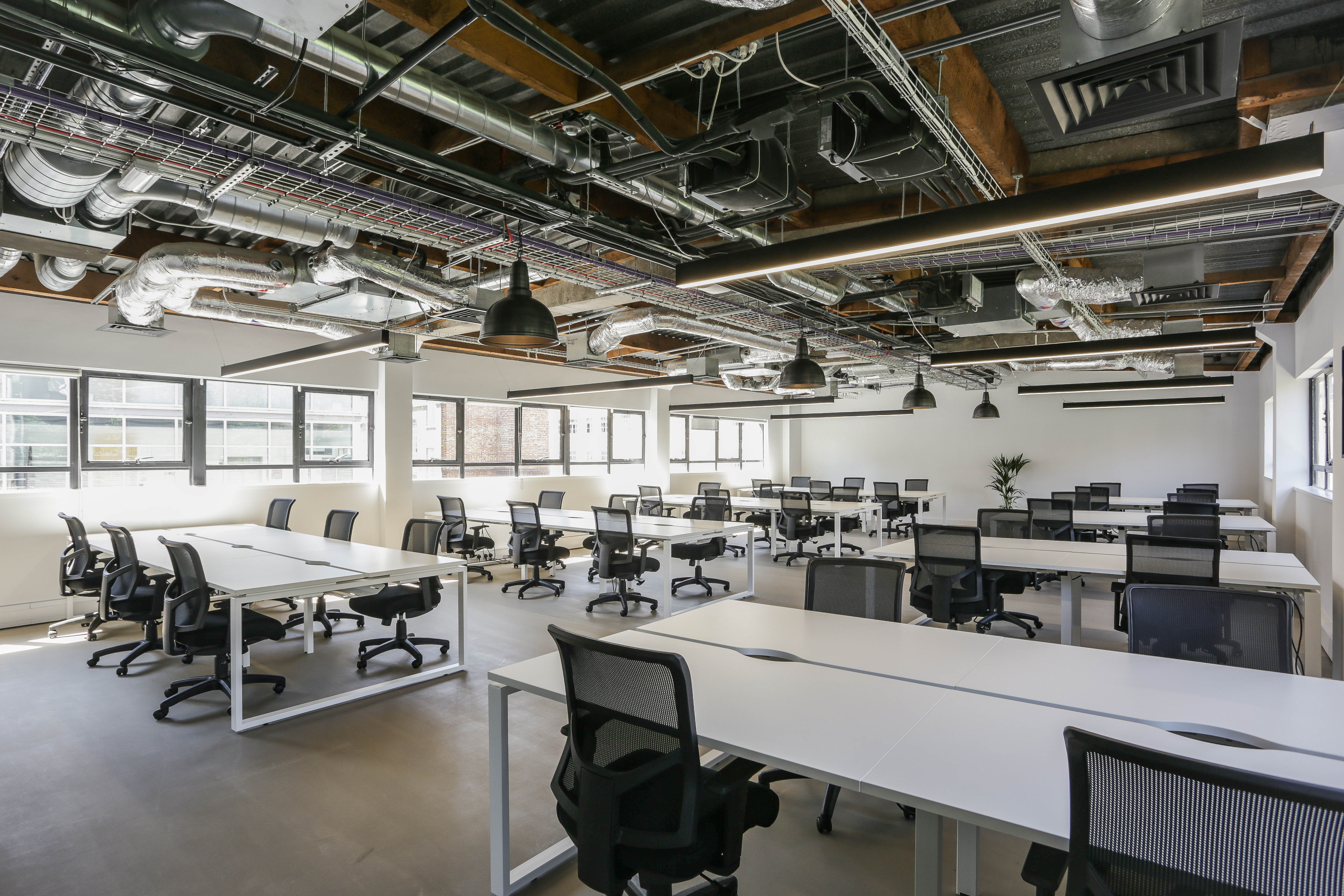 Shoreditch Private Office Plus 46 person workspace