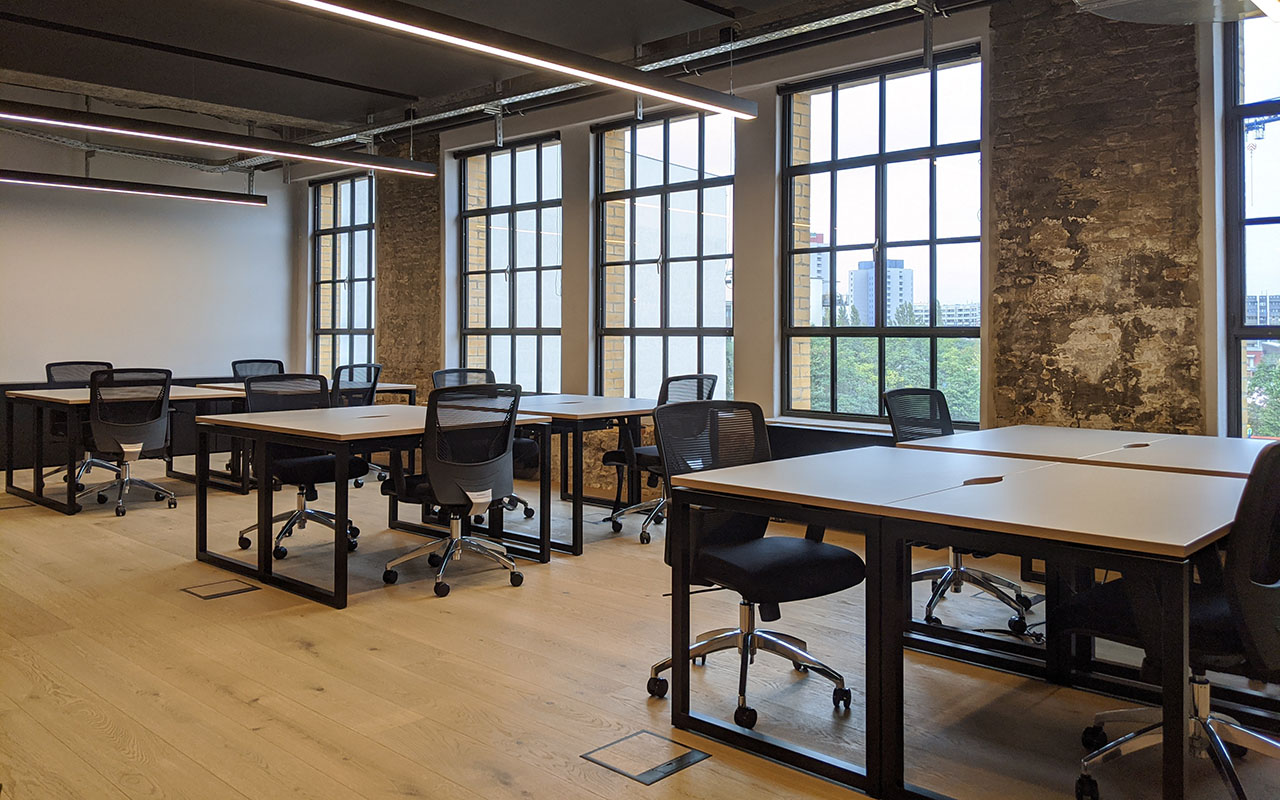 18 person workspace
