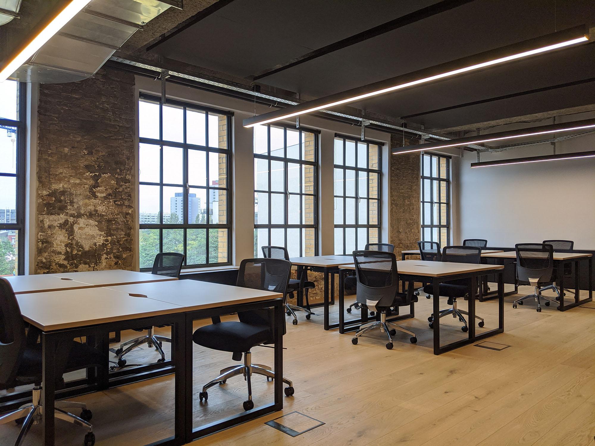 26 person workspace