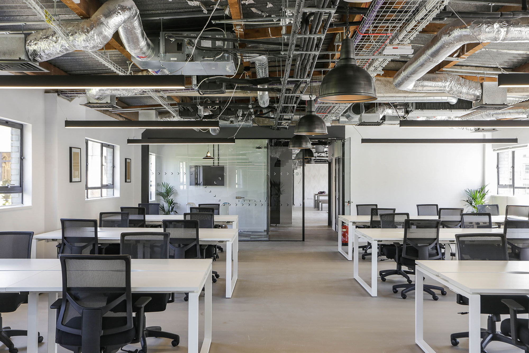 Shoreditch Private Office Plus 40 person workspace