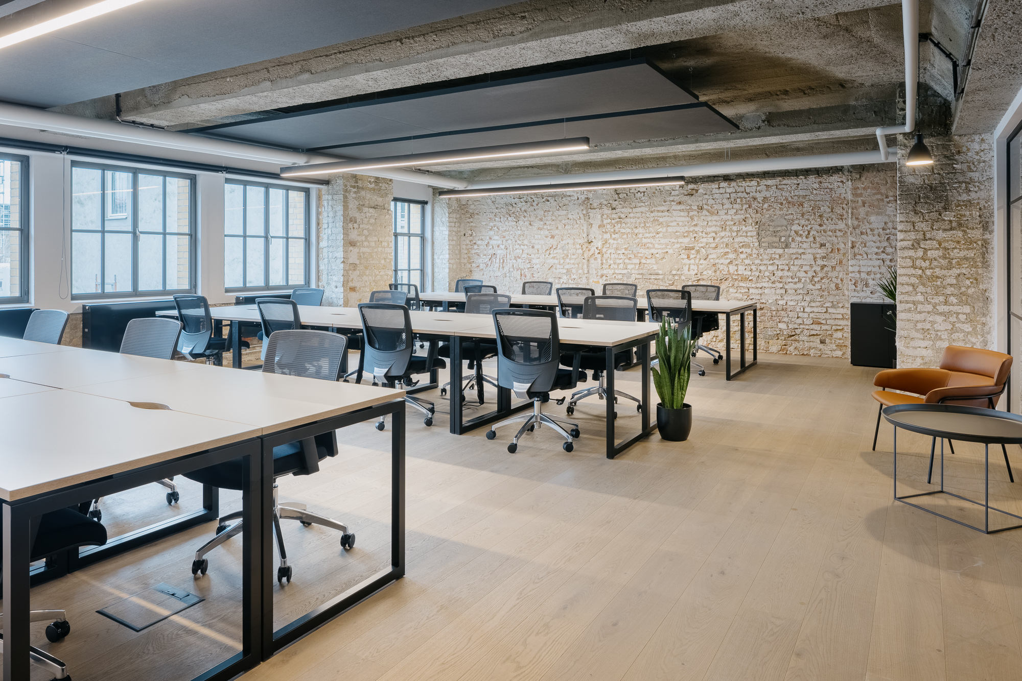 Eiswerk Private Office 26 person workspace
