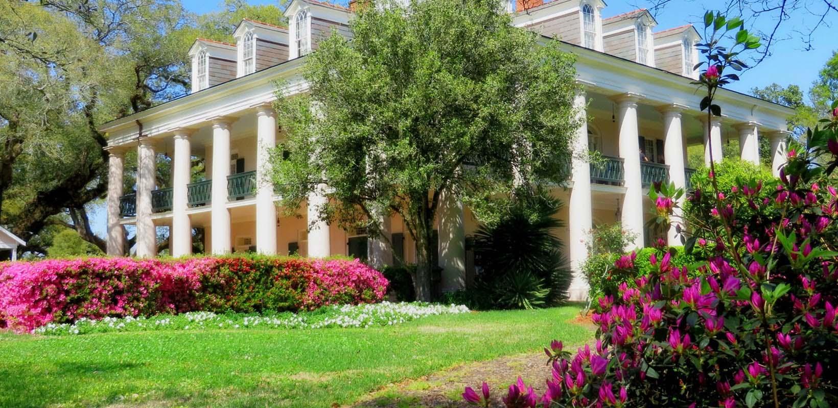 Louisiana plantation tour: Oak Alley and Laura