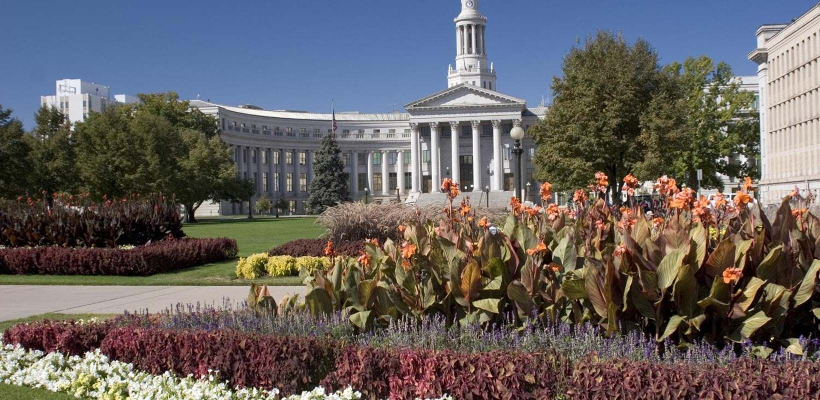 Mountain parks and Denver city tour combo