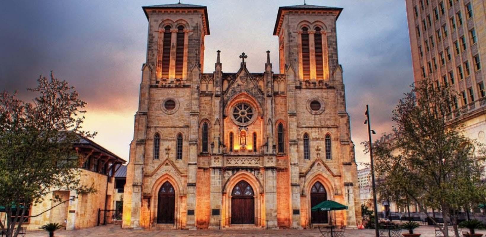 San Antonio: The Grand Historic City Tour (full day)