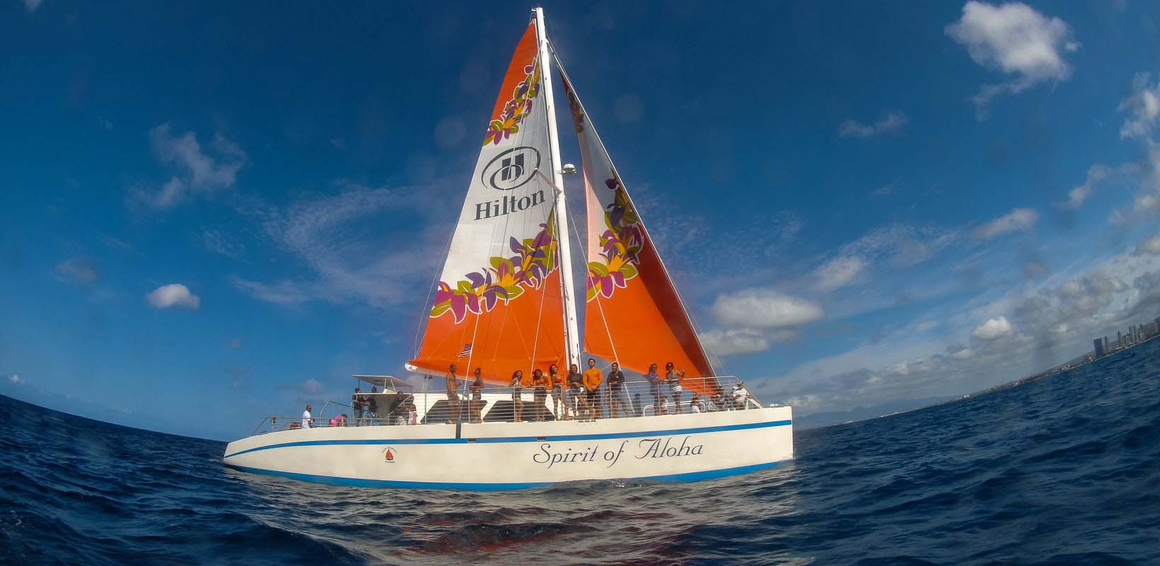 Hawaii Catamaran Sailing and Snorkeling Excursion