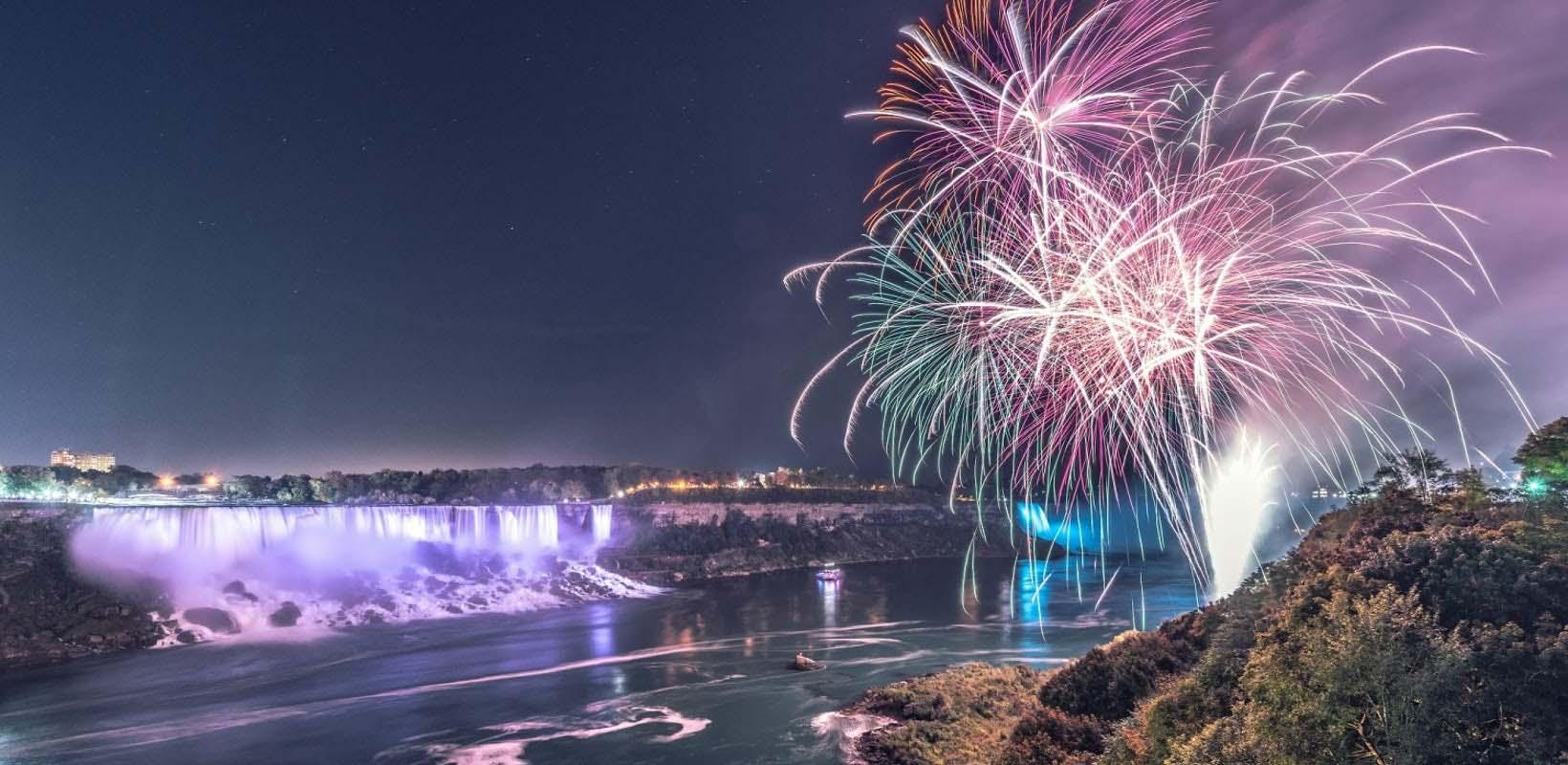 Niagara Falls Rainbow Illumination Tour