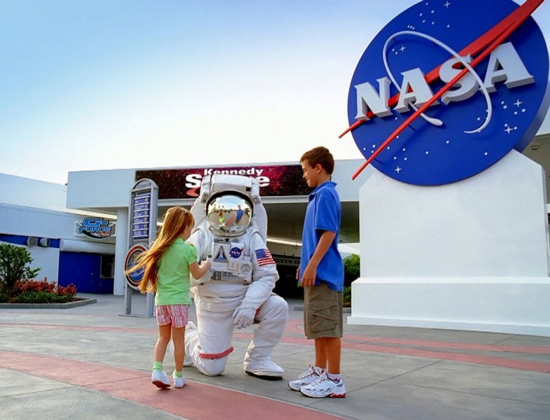 Kennedy Space Center Tour - Child