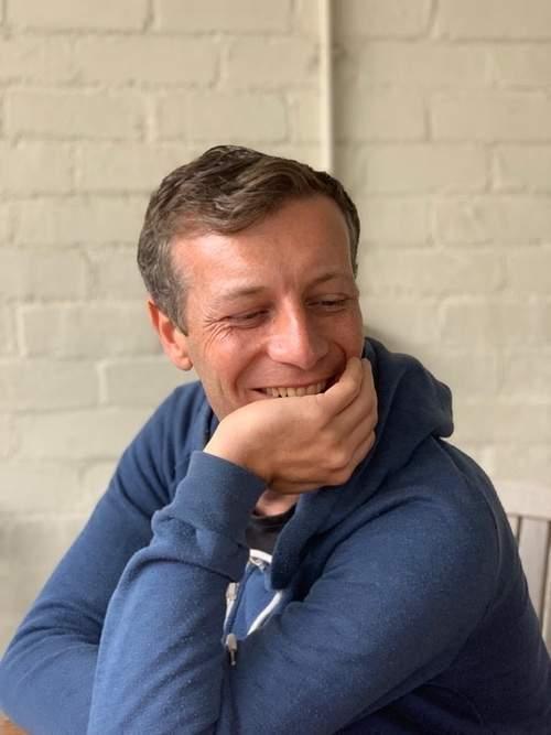 landbot customer stories + medecins sans frontieres