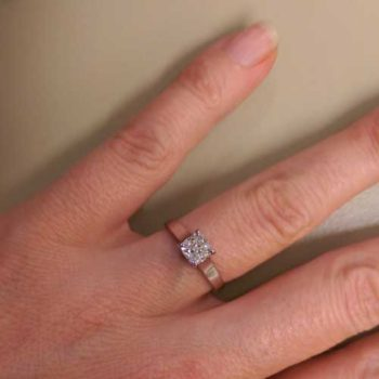 bespoke-engagement-ring-london-modified-to-order