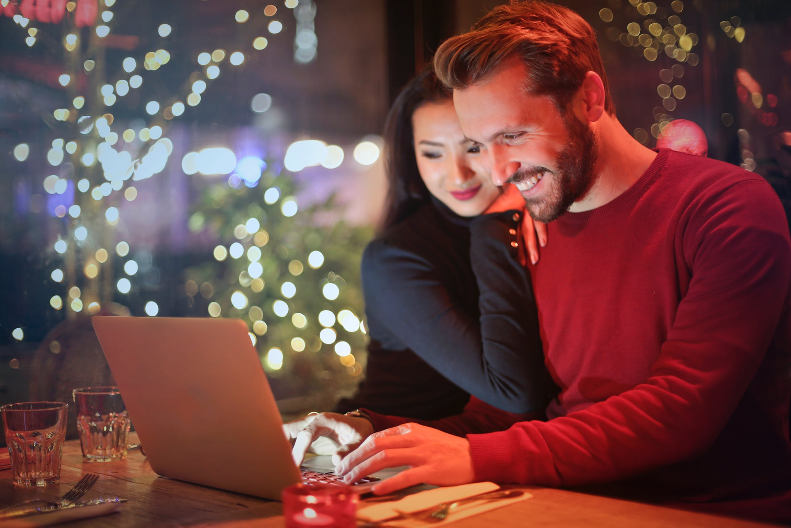 This Man is Using Facebook Ads to Find Himself a Date -- Here's What that Means for Your Business