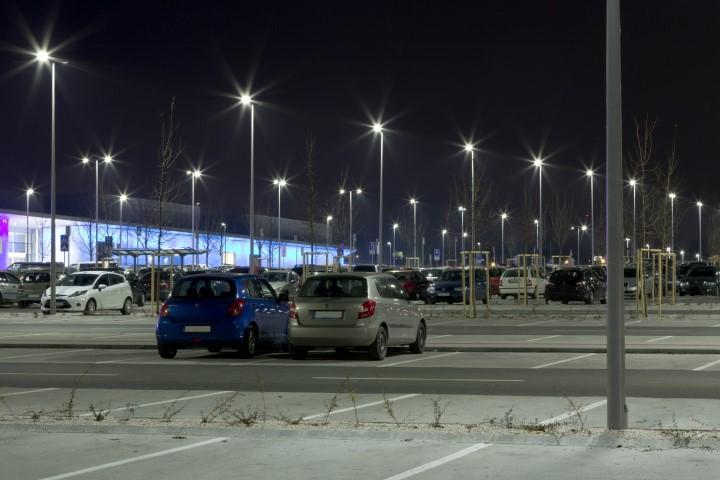 Supermarkt: Außerhalb der Öffnungszeiten parken