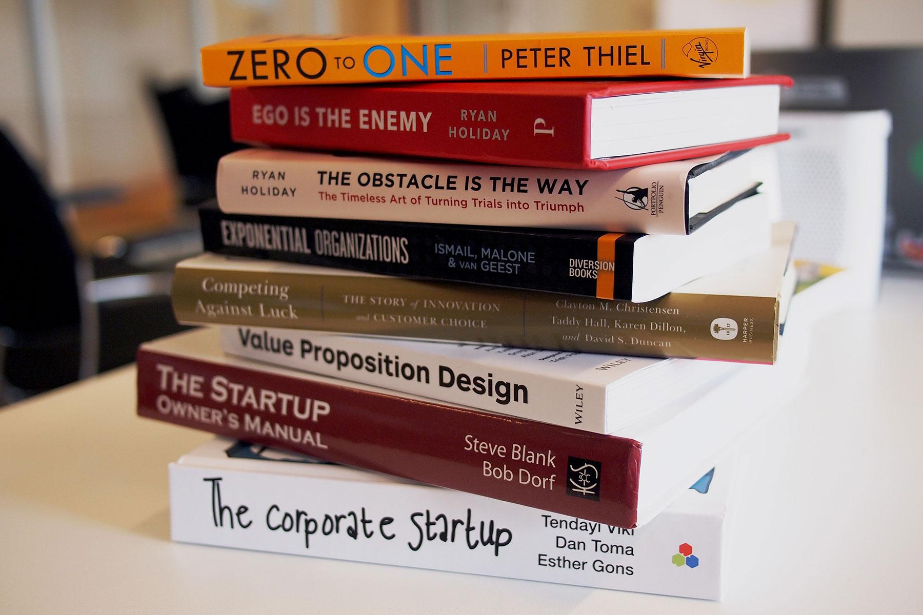books for digital nomads