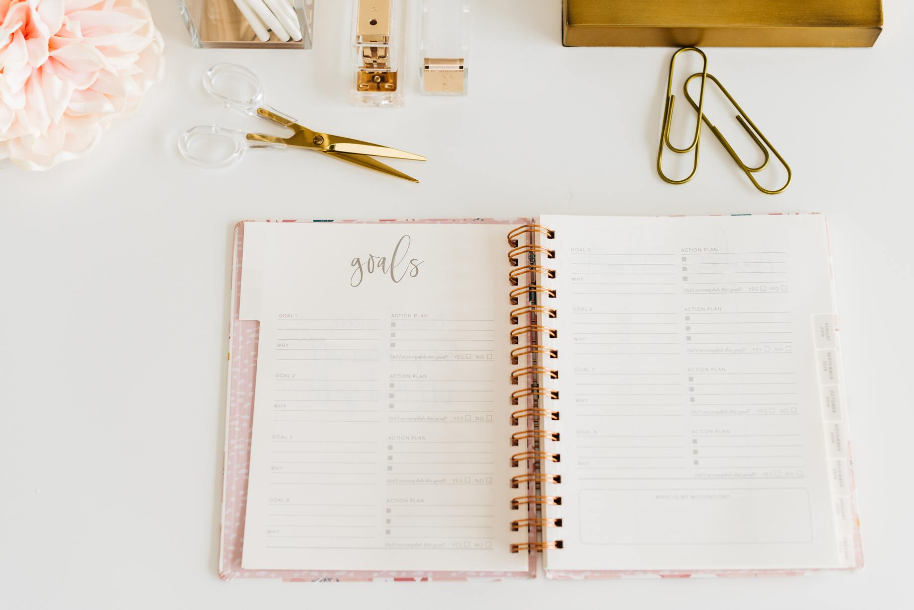 image of freelancer planner with goals on top
