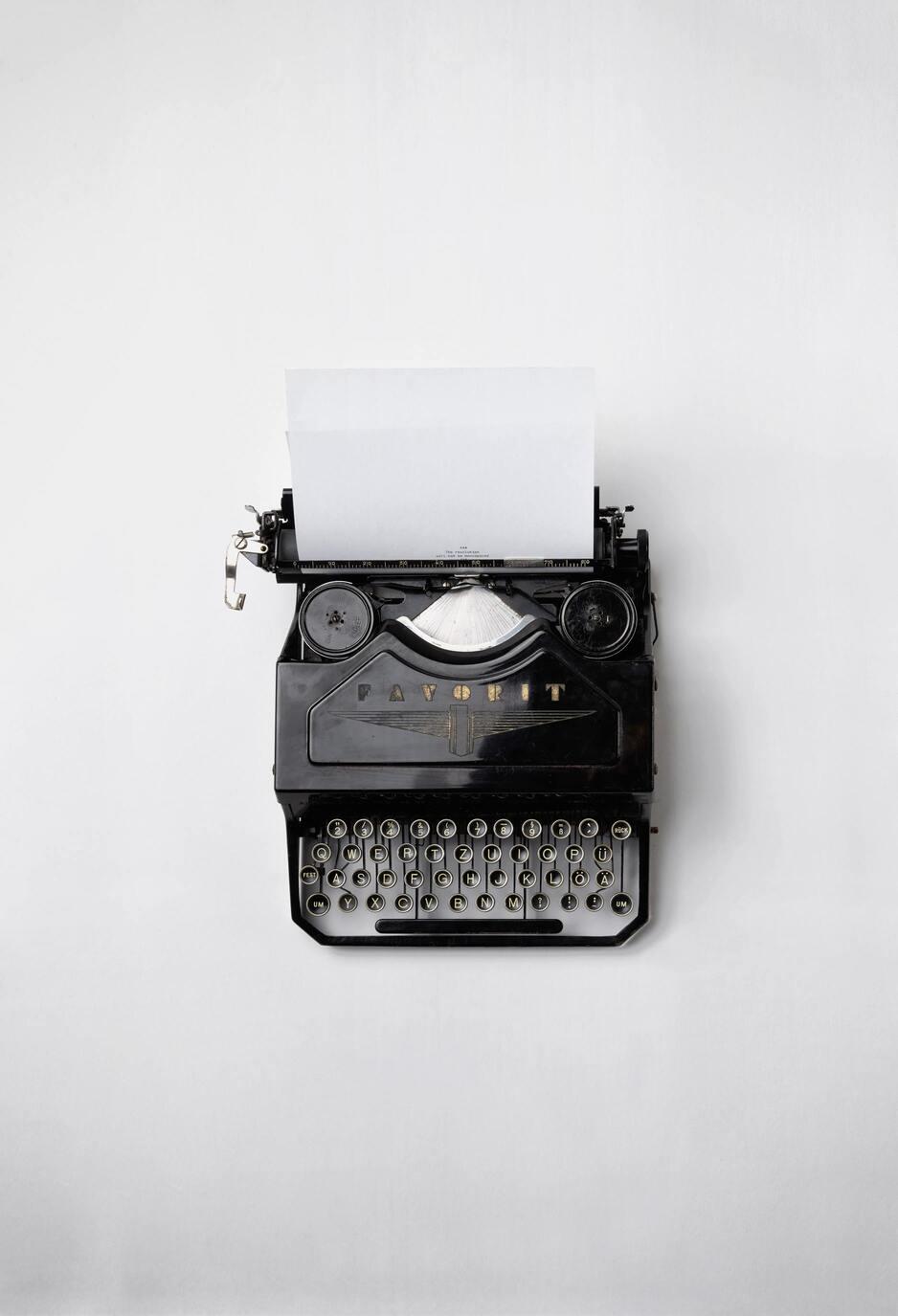 freelance writing full time