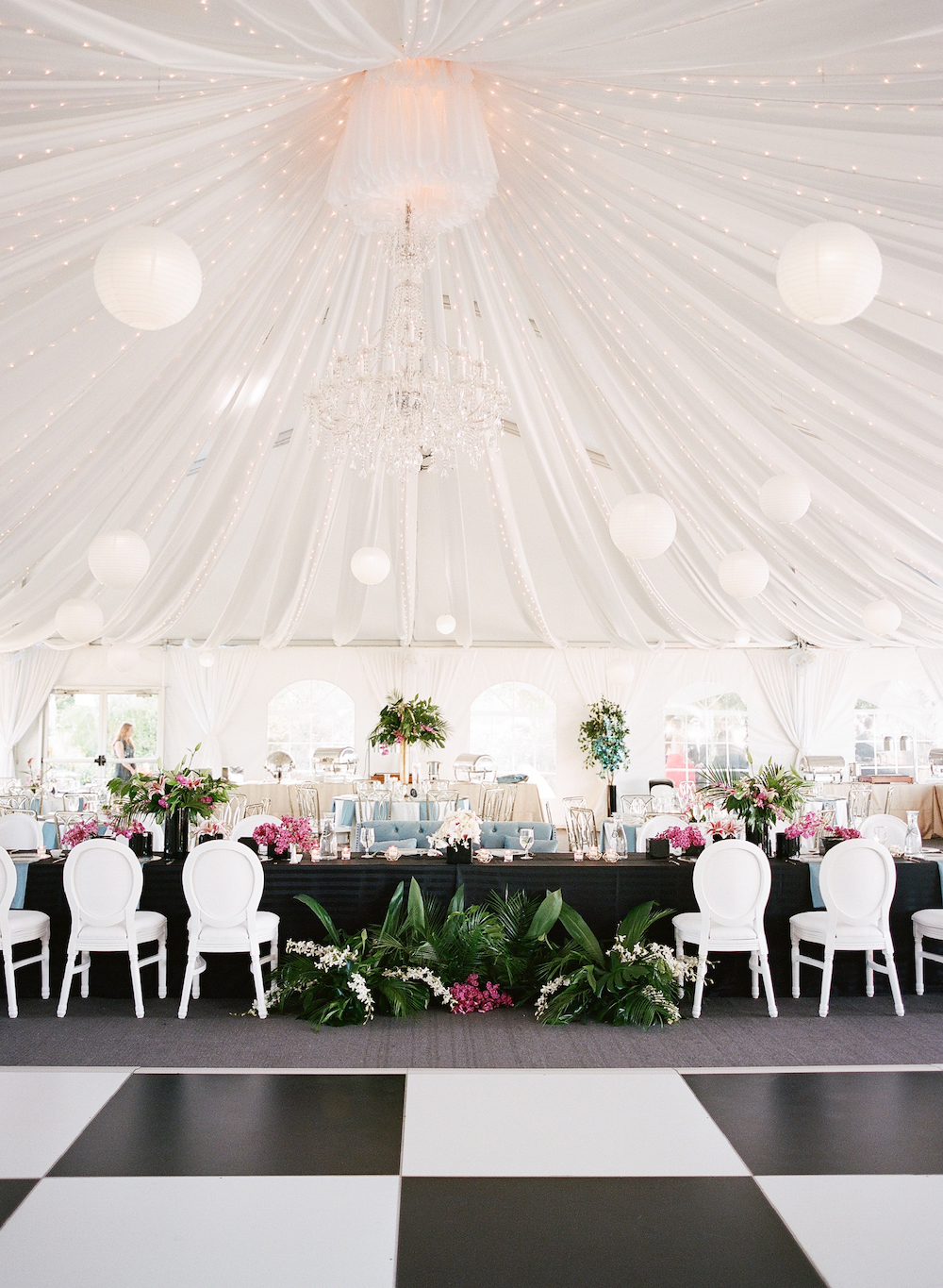 Paradise Ballroom White/Black Checker Wedding