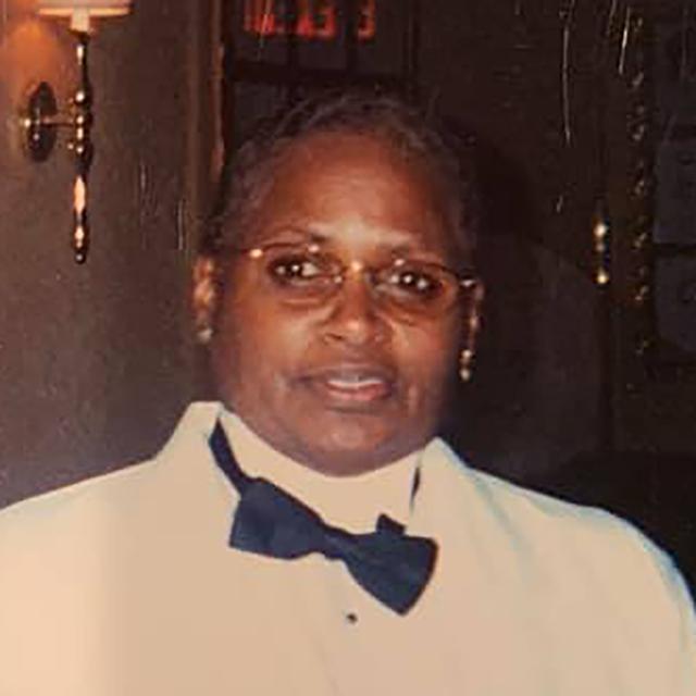 Sandra Gaines