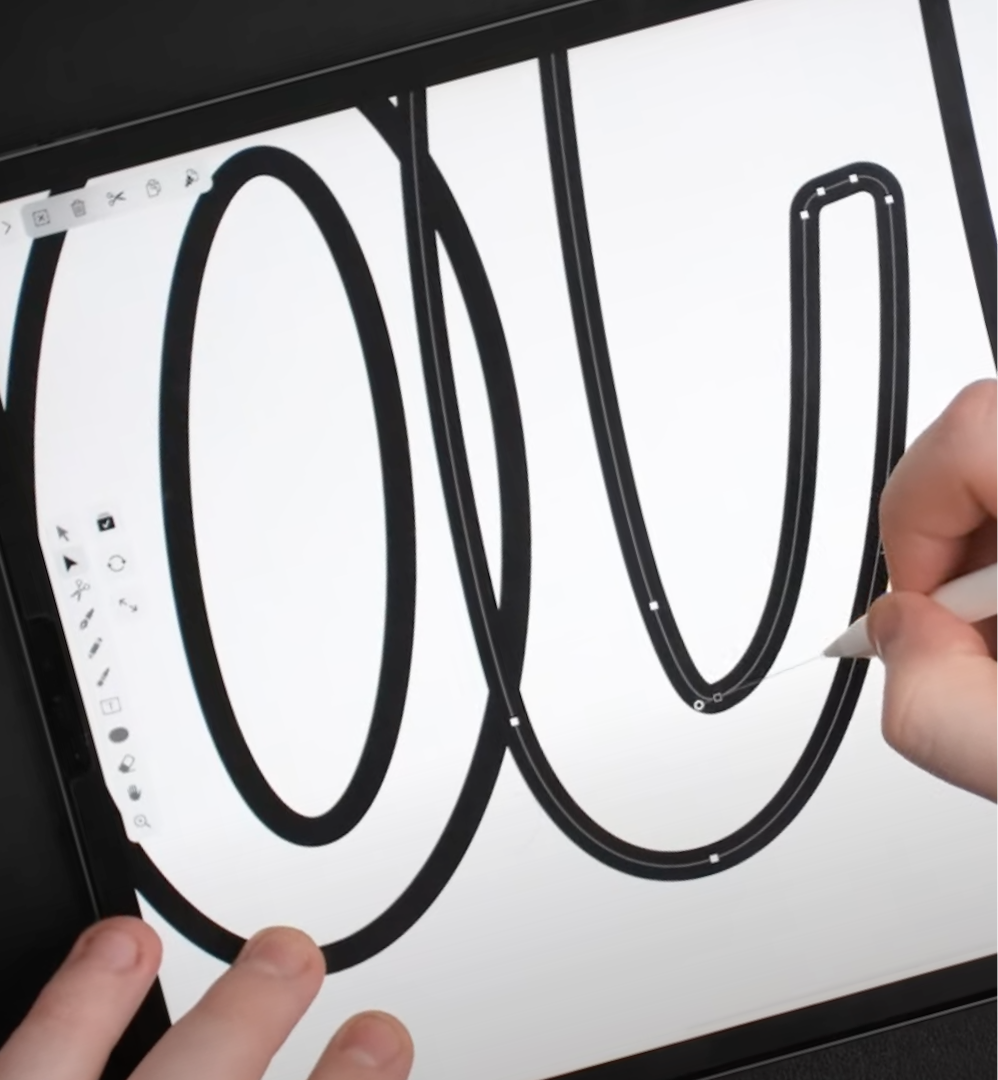 Will Paterson works on his iPad for lettering design with Vectornator