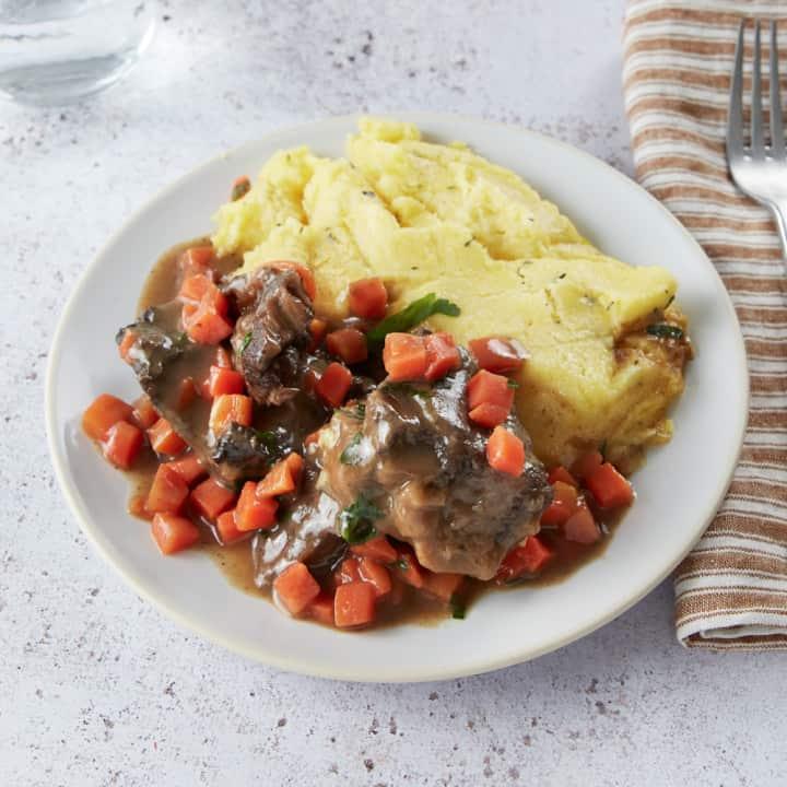 Bœuf à l'orange, carottes et polenta