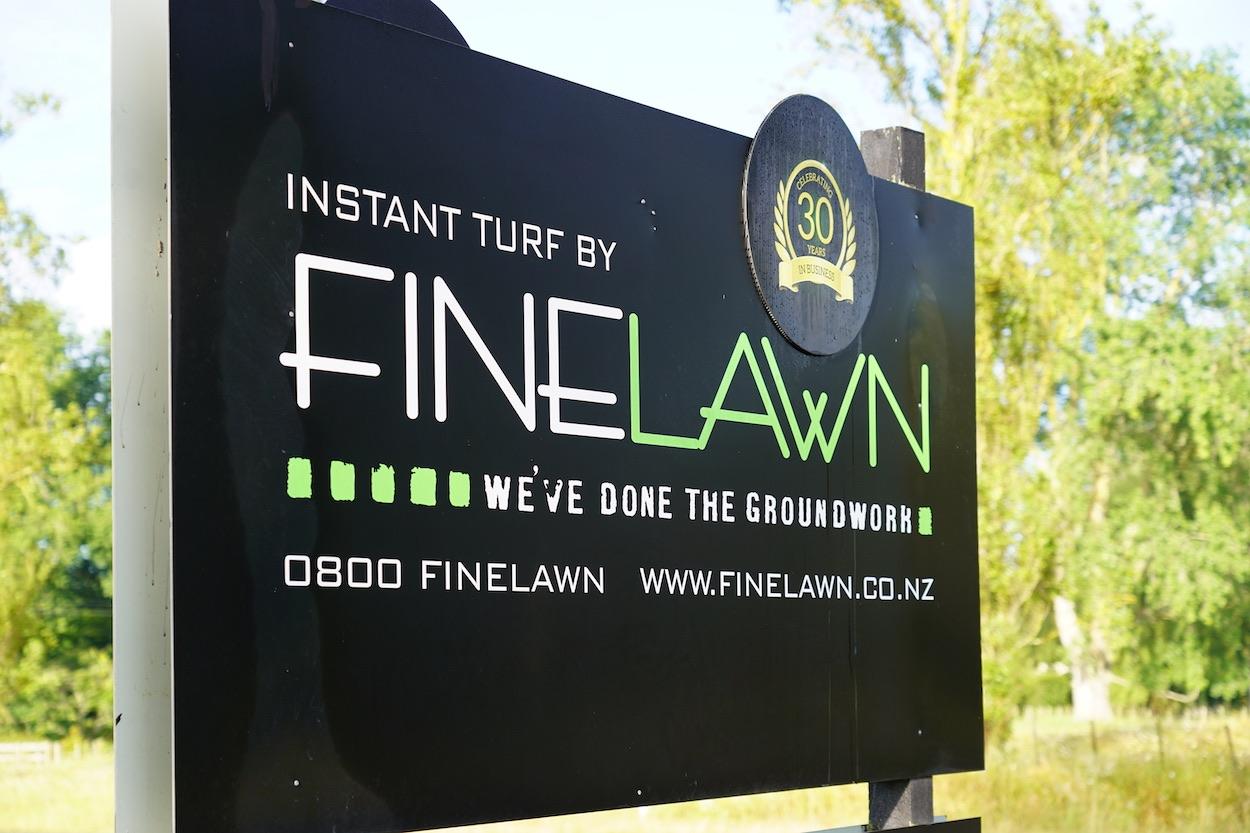 Finelawn sign