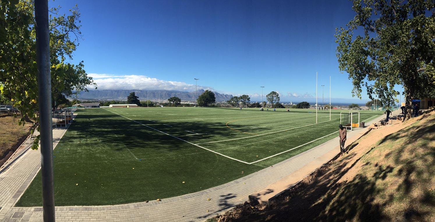 Artificial rugby pitch at Laerskool De Hoop  (3)