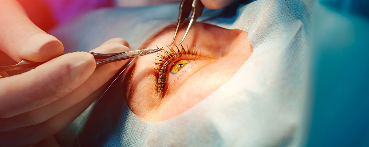 Optometrists can perform minor surgeries in certain states.