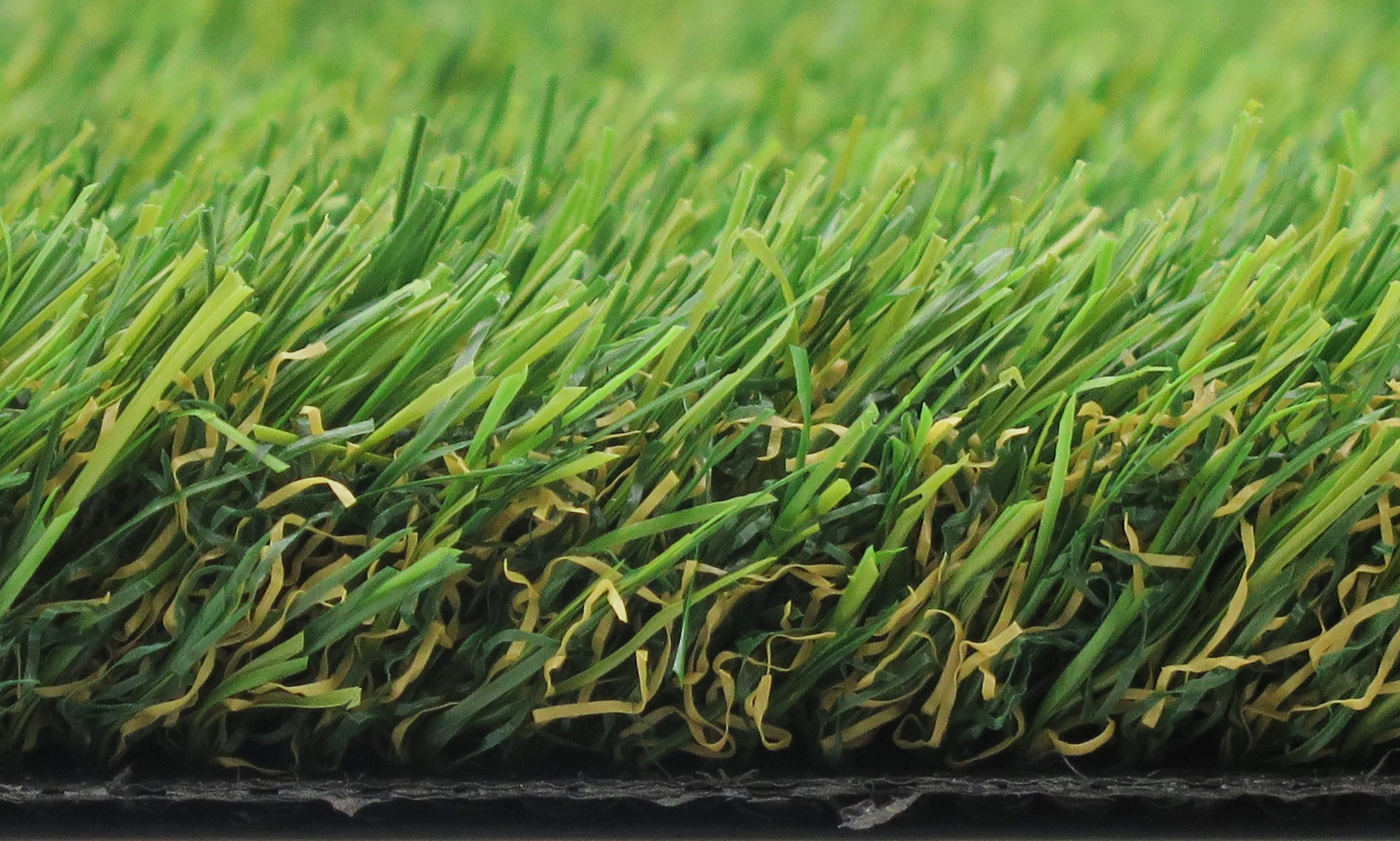 Luxury Canine 38 Artificial Grass 4M