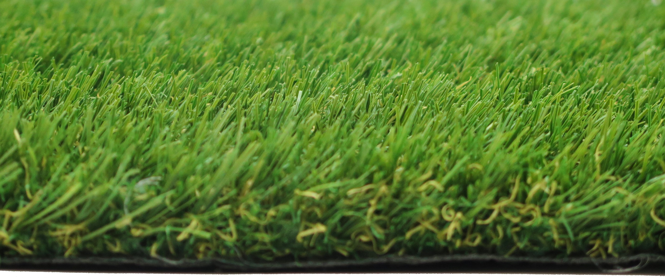 Luxury 28 Artificial Grass 2M
